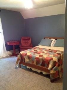 Link Bedroom 2