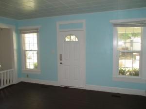 Slider Living Room