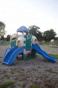 Castle with slides and platforms (2-5 year olds)